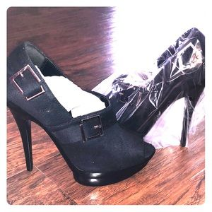 Shoes - Brand new heels!